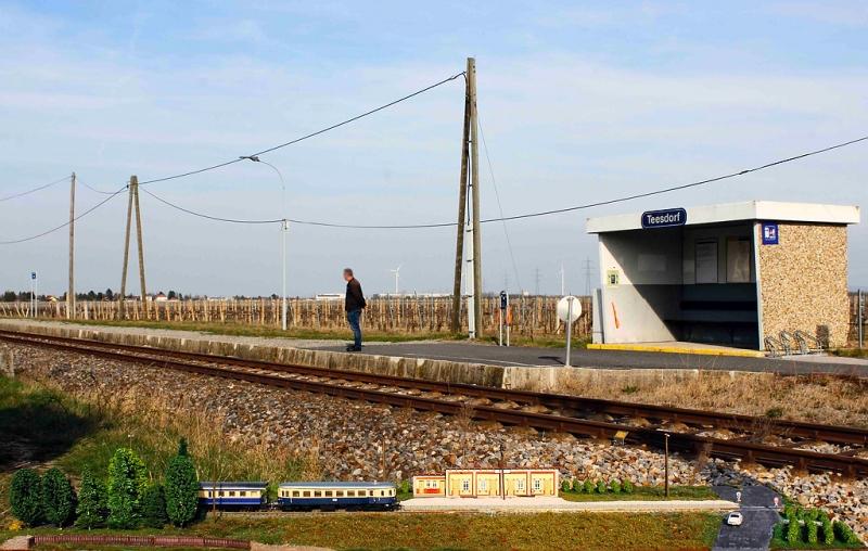 Haltestelle Teesdorf 6